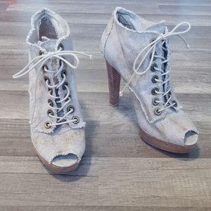 Stuart Weitzman beige peep toe lace up booties, 9